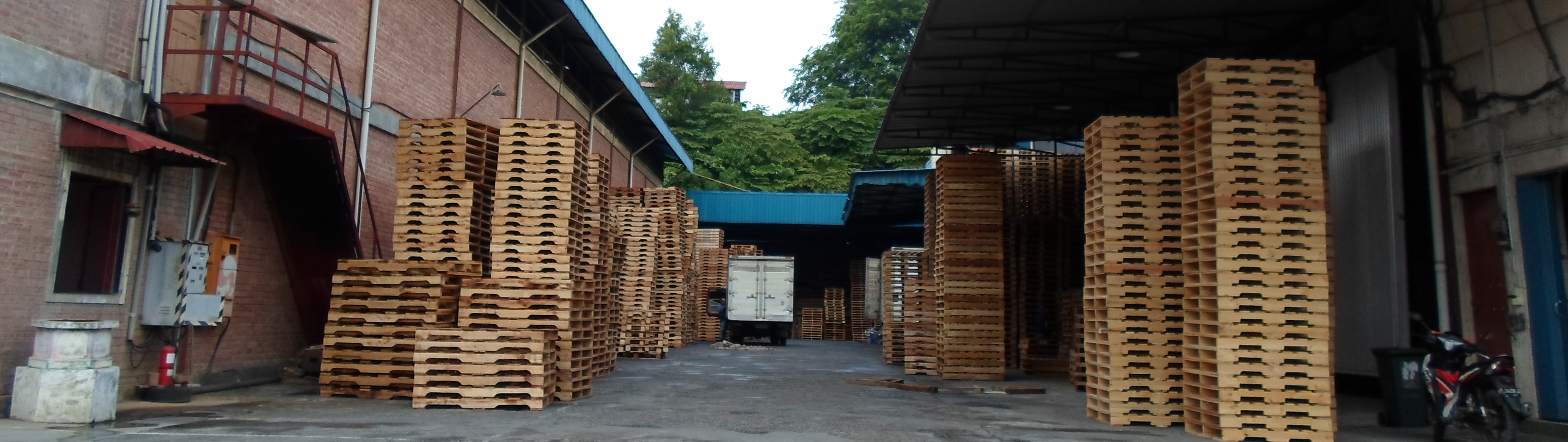 Pallet Factory